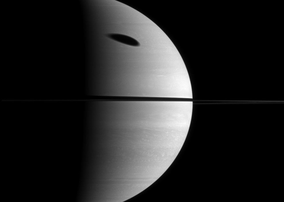 тень Титана